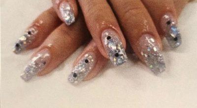 Inifi Nails